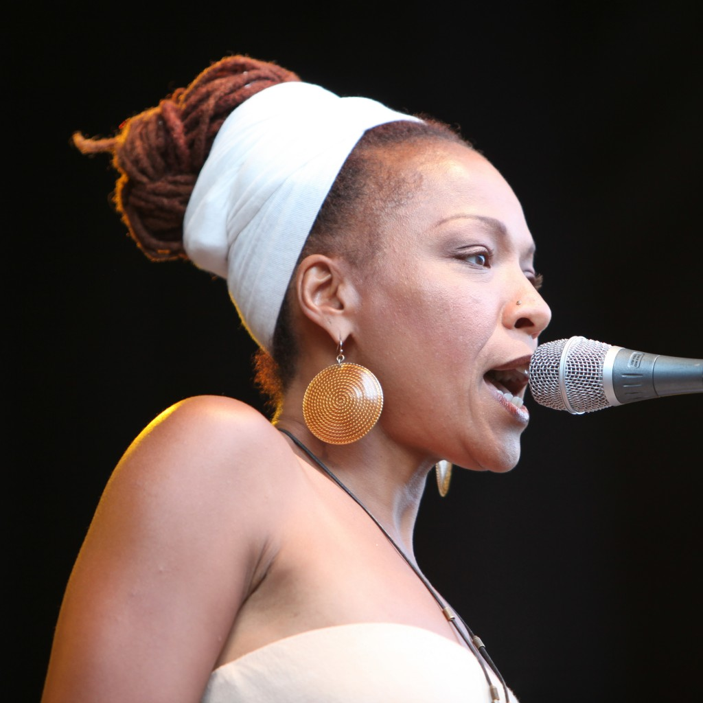 Lisa_Simone_at_Stockholm_Jazz_Fest_2009