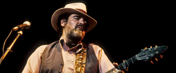 BERKELEY, UNITED STATES - OCTOBER 11: Lonnie Mack performing at the Greek Theater in Berkeley on October 11, 1985. He plays a Gibson Flying V guitar. (Photo by Clayton Call/Redferns)